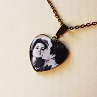 Elvis and Priscilla Presley on their wedding day, 1967 - Retro Valentine Gift - Handmade Vintage Cameo Ring