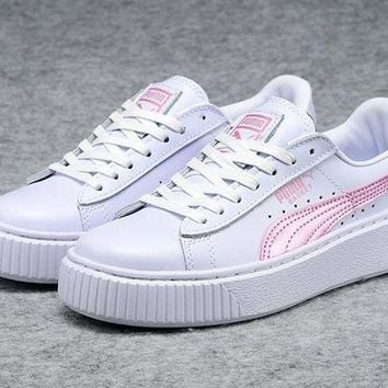 DCCKIJ2 Puma Rihanna Casual Patent Leather Flatform Shoes White Pink