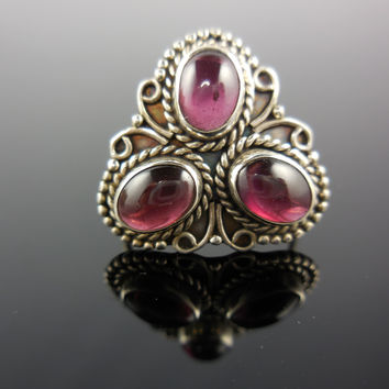 Garnet Cabochon Sterling Silver Ring - Size 6.0