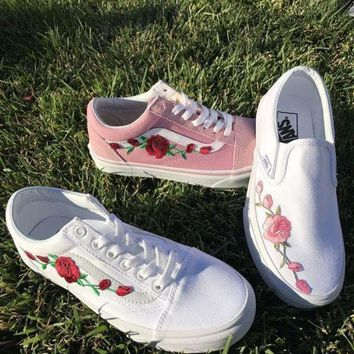 VONEO5 Vans Classics Old Skool Rose Embroidery Sneakers Sport Shoes