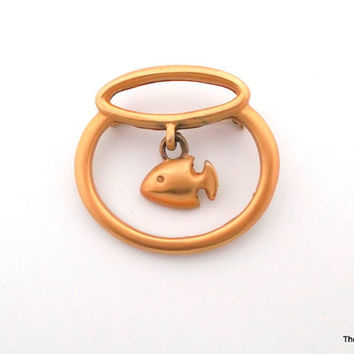 Vintage AK Anne Klein fish in a fishbowl brooch pin matte gold