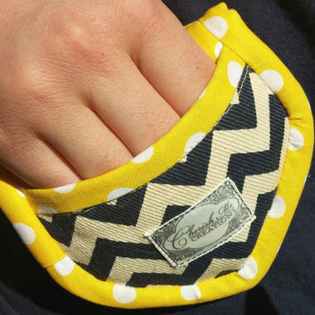 Deluxe Mini Potholders  Oven mitts Mother's day gift  Chevron blue Nautical whit Polka dots in yellow.