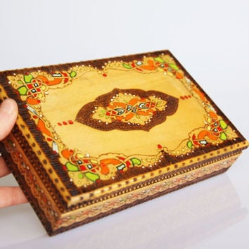 Carved wooden cigarette box, vintage hand painted cigar box, handmade smoking accessory, decorated cigarette dispense, wooden cigarette case
