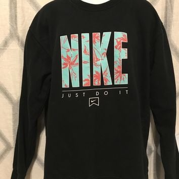 """Men's Nike Graphic """"Just Do It"""" Sweater"""