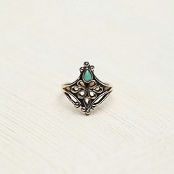 Tiger Mountain  Stone Detail Ring at Free People Clothing Boutique