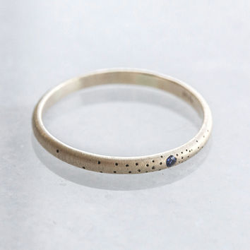 Sapphire Speckled Band