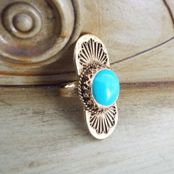 Vintage ring//Blue ring//Boho ring//Adjustable ring//Turquoise ring//Faux turquoise//Statement ring//Bold ring//Long ring//Knuckle ring