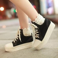 FREE Shipping Vintage Inspired Denim Black Platform Shoes from Moooh!!
