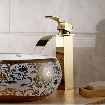 2016 New Arrival Luxury Gold Bathroom wash basin faucet / Modern Design Hot and Cold Water Waterfall Bronze Mixer Tap