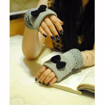 1 pair New Arrival Women knitted Mittens Cute Bowknot Fingerless Wrist Gloves Warm Hand Hot sale guantes de mujer