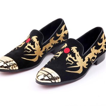 New style Velvet Suede men shoes with Hand stitch embroidery Loafers Men Flats Men's Evening Wedding Party Shoes  Size US 6-12