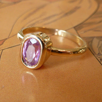 Thulian Pink Oval Cut Sapphire Ring