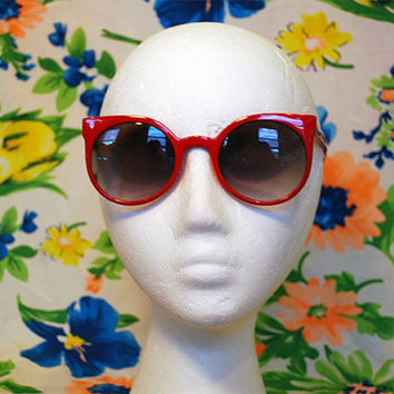 NEW - Round Red Keyhole Sunglasses Cute Cateye Glasses - Winnie