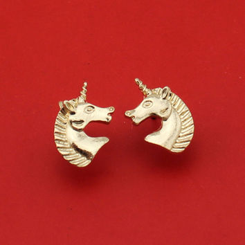 2017 New Hot Sell Women Fashion Jewelry Gold Silver Tone Unicorn Stud Earrings ATC Cute Gift For Girls Lady Free Shipping