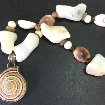 "17"" Swiss Family Robinson SeaShell Necklace"