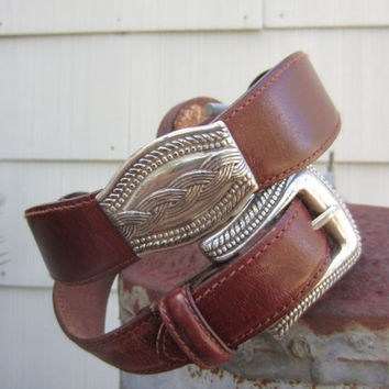 70s Fossil Western Leather Belt w/ Embedded Braid Pattern Conchos, W29 W30 W33 / 75-83 cm // Vintage Cowgirl Concho Belt