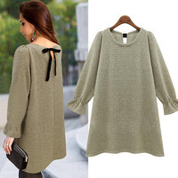 Fashion trumpet sleeve Solid color knit sweater