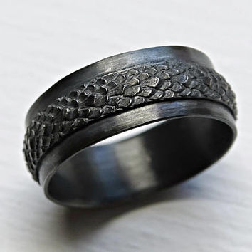 wide dragon scale ring silver feather ring, medieval wedding ring black silver, pagan wedding band, snake skin ring black silver dragon ring