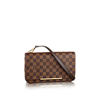 Products by Louis Vuitton: Hoxton PM