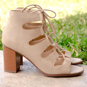 Lace Up Caged Chunky Heels In Lt Taupe – Chica's Shoetique