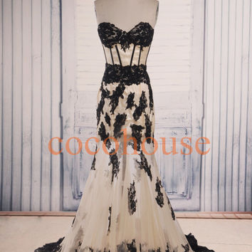Champagne with Black Lace Applique Long Prom Dresses Fashion Evening Dresses Formal Party Dresses Wedding Party Dresses Wedding Dresses