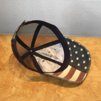 Luckless LLC | Realtree Xtra® With American Flag Underbrim