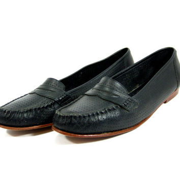 Navy Blue Bass Loafers - Penny Loafers, from IvyVintageCompany