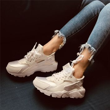 Nike Air Huarache Run Beige/white Sneaker