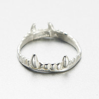 vampire crown ring- silver