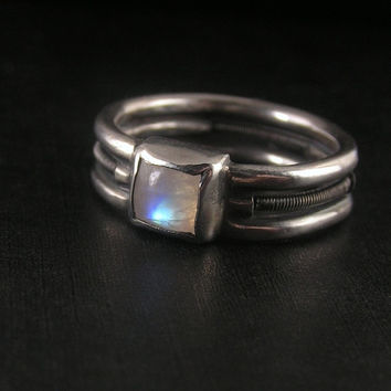 Orbiting moon - sterling silver ring with moonstone cabochon
