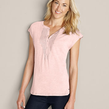Women's Gate Check Henley T-shirt | Eddie Bauer