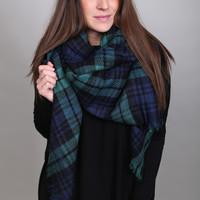 Holiday Plaid Blanket Scarf {Navy/Green}