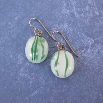 White Green Earrings, Dangling Niobium Earrings, Hypoallergenic Jewelry for Metal Sensitive Ears - Gwenla - 1005  -3