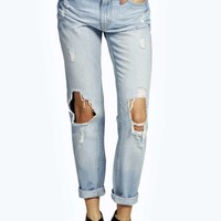 Lolita Super Distressed Boyfriend Jeans