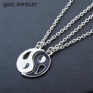 QIHE JEWELRY 2P Friends Couples Alloy Taiji Charm Pendant Necklaces Set for Lover Valentine Gift Fashion Jewelry Men Women