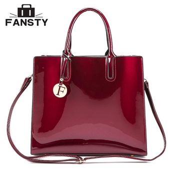 Fashion Brand Designer Women Big Totes Handbag Office Lady Patent Leather Jelly Cross Body Bag Female Vintage Shoulder Bags