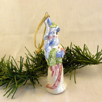 Ceramic Oakknob Snowman Ornament with Wreath