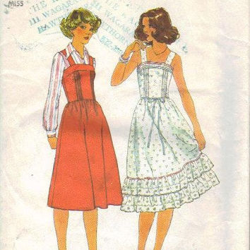 Simplicity Sewing Pattern 70s Spring Summer Dress Boho Style Hippie Sundress Sleeveless Ruffle Hem Jumper Bust 32
