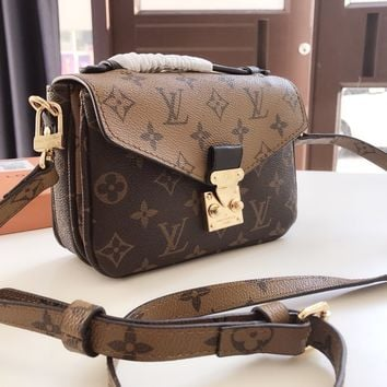 Louis Vuitton LV Pochette Metis Crossbody Satchel Shoulder Bag