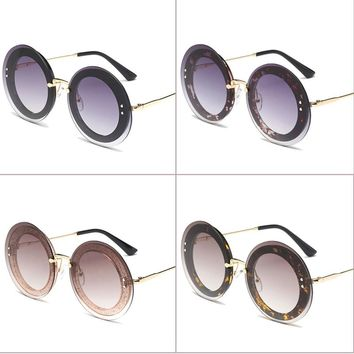 2018 Newest Fashion Round Sunglasses Women Brand Designer Vintage Gradient Shades Sun Glasses