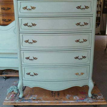 Dresser French Provincial Country French Vintage Shabby Chic Beach Cottage Buffet Server Changing Table Bathroom Vanity TV Console B