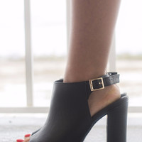 Still Standing Side Buckle Strap Booties