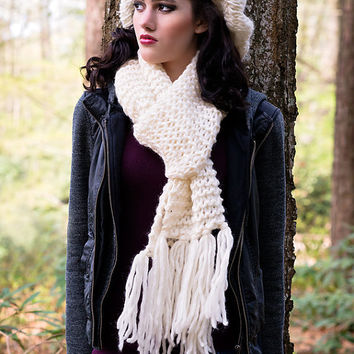 Knit Scarf,Off White Knit Scarf, Chunky Scarf, Scarf With Tassels, Pure Wool Scarf