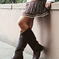 Frye Womens 500 Miles Distressed Tall Boot -