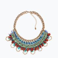 Colored stones and chain necklace