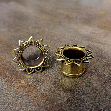 "Pair Antique Brass Plugs, Vintage Gauges, 8g 6g 4g 2G 0g 00G 1/2"" 9/16"" 5/8"", Body Jewelry Nickel Free"