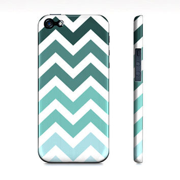 Tiffany Blue Chevron Ombre - Premium Iphone 5 Case - Available for Iphone 4/4s and Galaxy S3