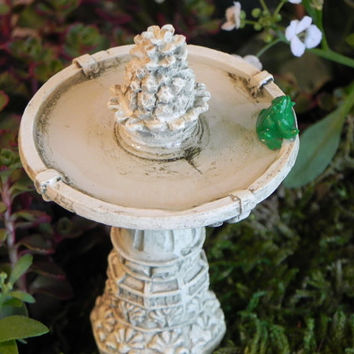 Fairy Garden accessories  Fountain with frog and water effect miniature Pineapple Fountain terrarium supply