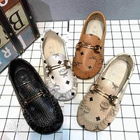 MCM 2018 spring new flat bottom fashion wild casual bean shoes shoes F0417-1