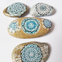 Handpainted Stone, Mandala Style Design Stone Art, Meditation Pebble Art, Wedding Christmas gift, Rustic Zen Home Decor, Yoga teacher gift